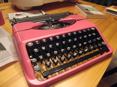 Hot pink typewriter love: An interview with Silent Type editor Cheryl Lowry