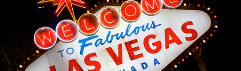 """Las Vegas Sign in the Dark"" image by Flickr user Ian Chan"
